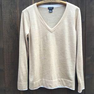 Club Monaco light weight merino wool sweater Small